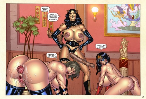 Superheroinexxx – Girls Night Out
